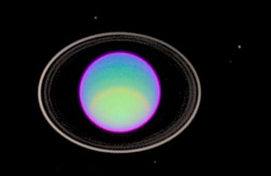 PIA01280: Hubble Captures Detailed Image of Uranus' Atmosphere