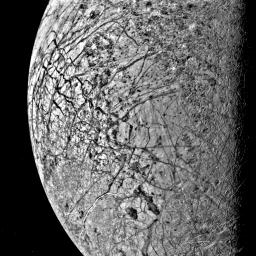 PIA01503: Europa's Fractured Surface