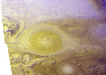 PIA09341: Best Color Image of Jupiter's Little Red Spot