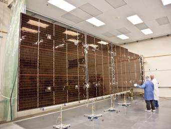 PIA13925: Juno Solar Panel Deployment Test