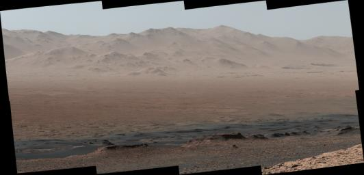 PIA22209: Telephoto Vista from Ridge in Mars' Gale Crater