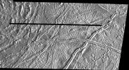 PIA00542: Prominent Doublet Ridges on Europa