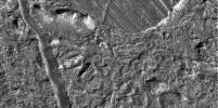 PIA01177: Chaotic Terrain on Europa in Very High Resolution