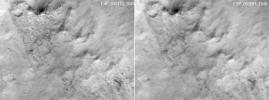 PIA22215: Slight Blurring in Newer Image from Mars Orbiter